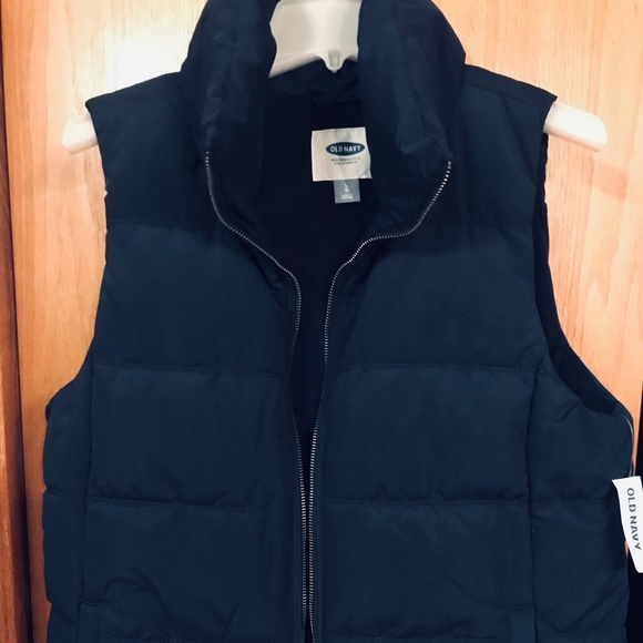 Old Navy Jackets & Blazers - *Brand New* Old Navy Puffer Vest